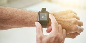 https://cdn.alza.sk/Foto/ImgGalery/Image/Article/chytre-hodinky-prodej-roste.jpg