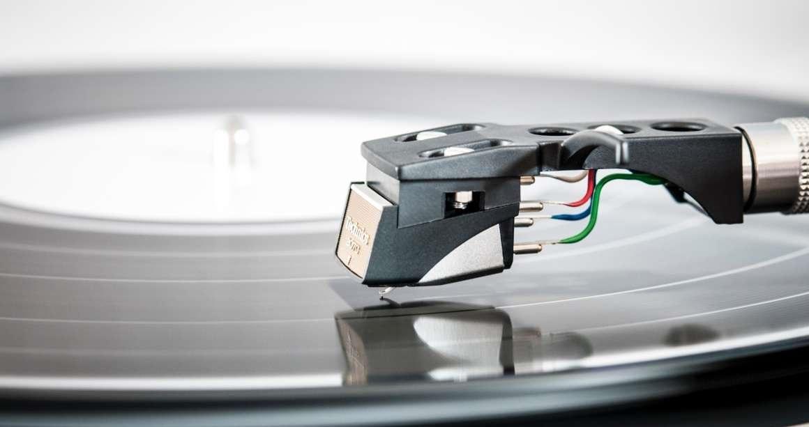 06069ec43 Vinylové platne a retro gramofóny zažívajú renesanciu | Alza.sk