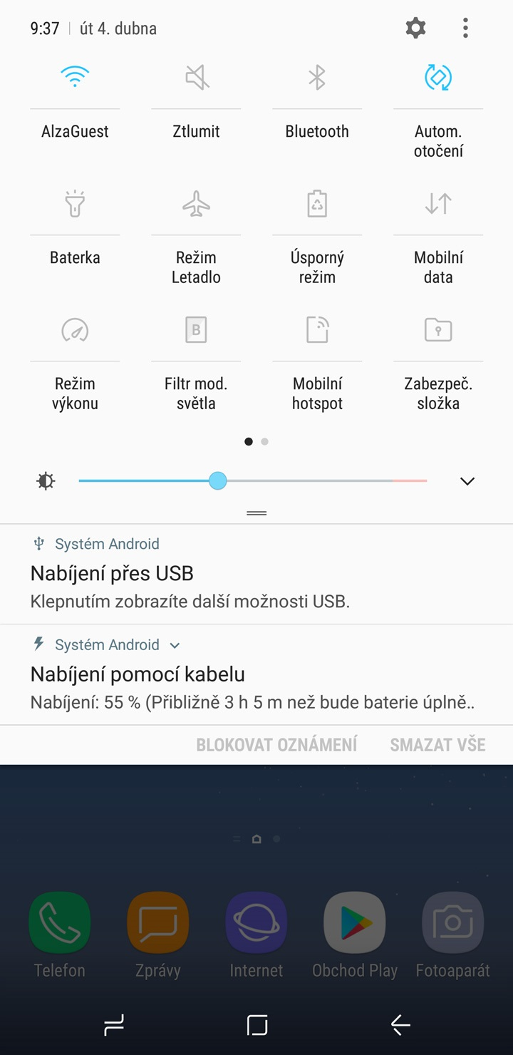 Samsung Galaxy S8 a S8+, horná lišta
