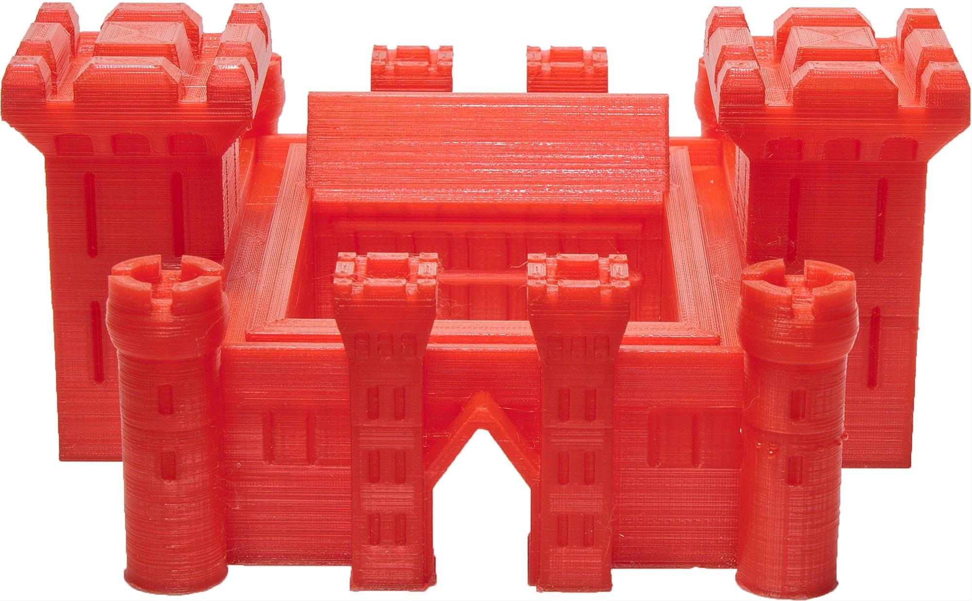 červený hrad vytlačený na 3D tlačiarni 3D Factories EasyMaker