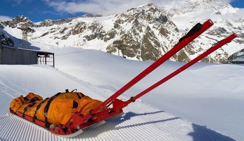 Špeciálne nosidlá uľahčujú prácu horskej službe