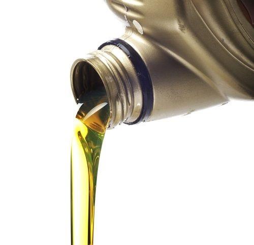 Nalievanie oleja