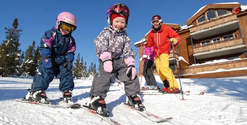 Rodina na lyžiach