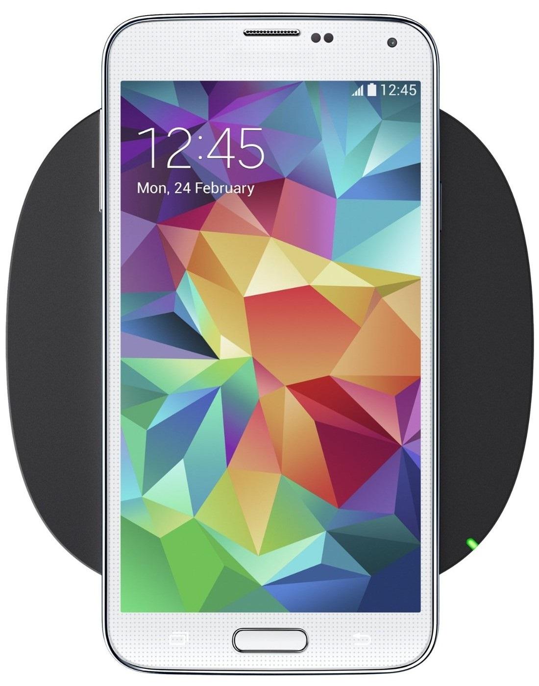 mobilný telefón Bleskurýchla bezdrôtová nabíjačka Belkin Boost Up Qi Bezdrôtové  nabíjanie sa vďaka nabíjacím podložkám štandardu Qi objavuje čím ďalej ... 9bc719b81e2
