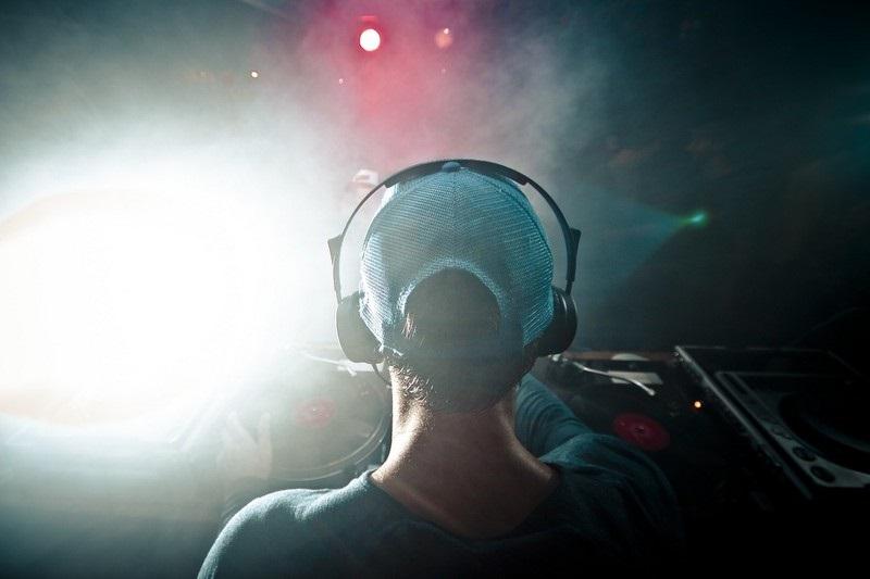 Elektronická hudba
