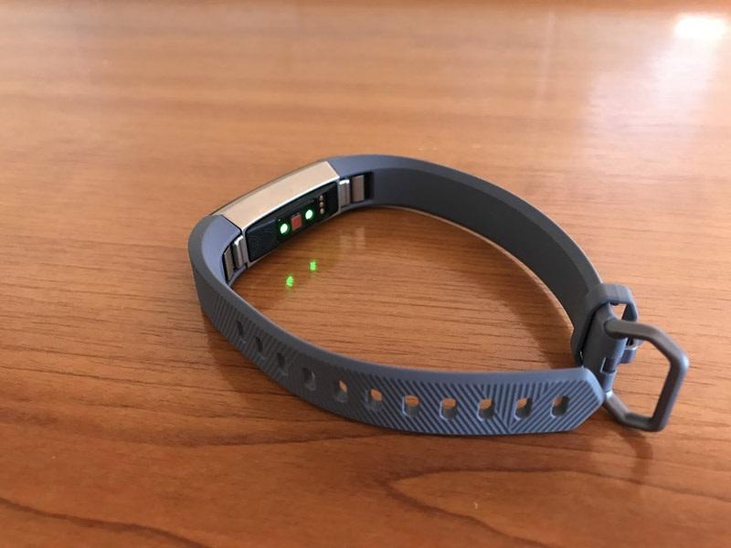 Fitbit Alta HR, senzor srdcového tepu