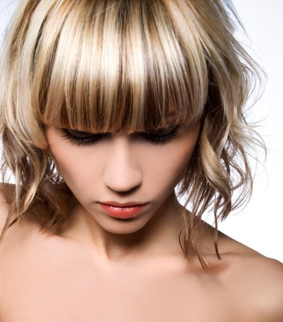 Krátky účes je pre jemné vlasy ideálny