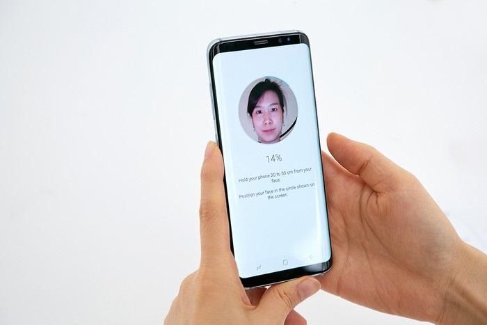Samsung Galaxy S8 - rozpoznanie tváre
