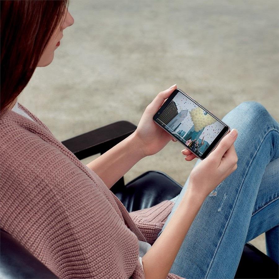 Asus ZenFone Max Plus (M1), video
