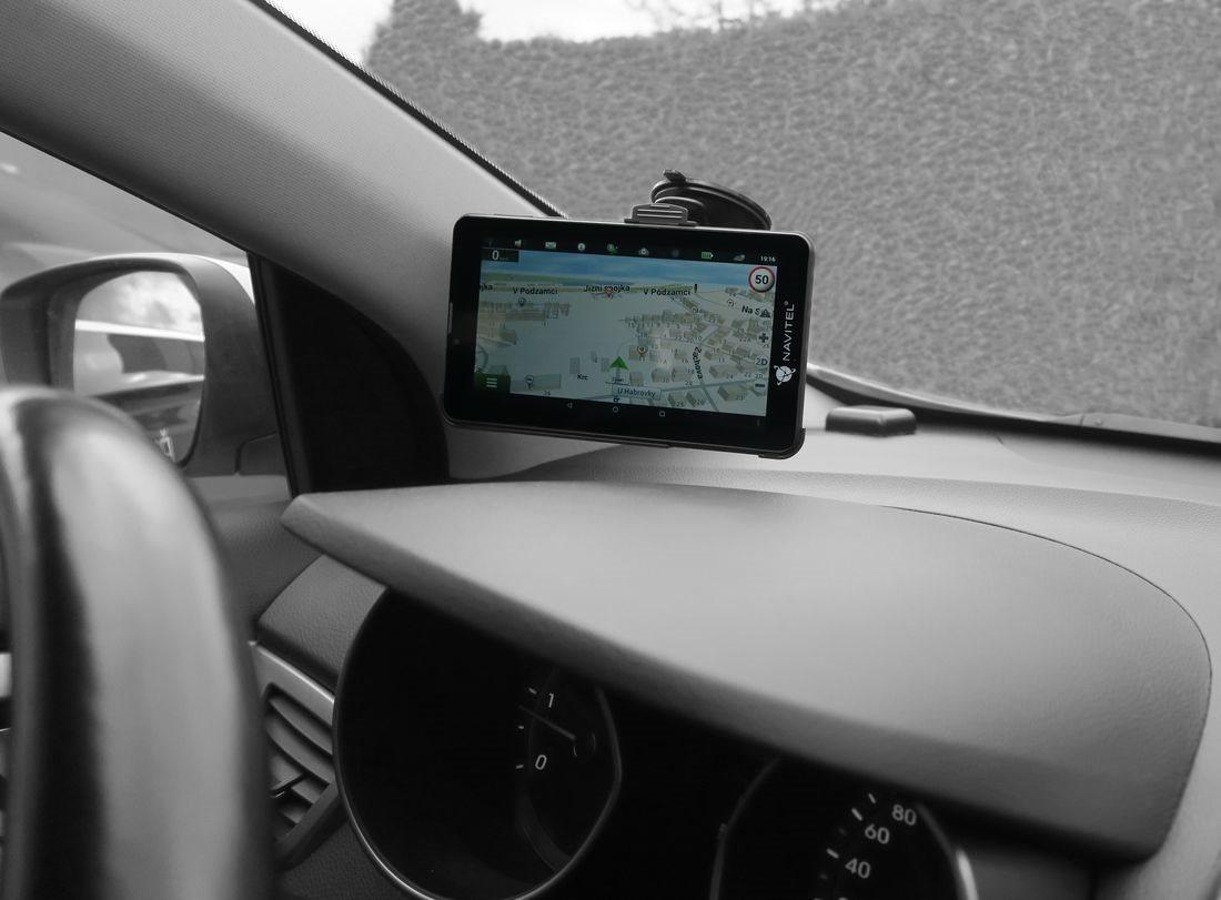 GPS navigácia NAVITEL T500 - vychytávky