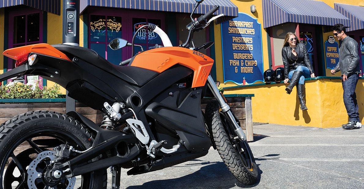 b20312dec814 ZERO DS ZF 6.5. 11 kW - Elektrická motorka