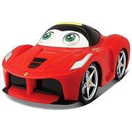 Ferrari hýbe očami - Auto