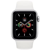 Apple Watch Series 5 40 mm Strieborný hliník s bielym športovým remienkom - Smart hodinky