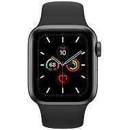 Apple Watch Series 5 40 mm Vesmírne sivý hliník s čiernym športovým remienkom - Smart hodinky