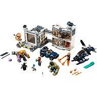 LEGO Super Heroes 76131 Bitva o základňu Avengerov - LEGO stavebnica