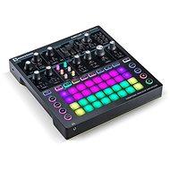 NOVATION Circuit Mono Station - MIDI kontrolér