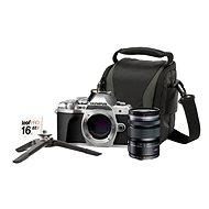 Strieborný Olympus E-M10 Mark III má priložený objektív M. ZUIKO DIGITAL ED 12-50 mm f/3.5-6.3 EZ a Lens memory kit súpravu príslušenstva. - Digitálny fotoaparát