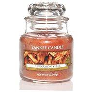 YANKEE CANDLE Classic malá Cinnamon Stick 104 g - Sviečka