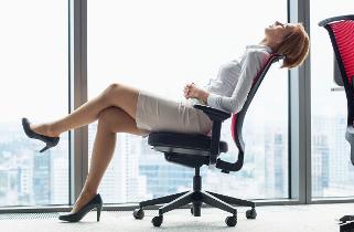 Pri reklamácii stoličky stačí odfotiť jej nedostatok