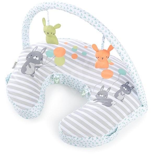 Ingenuity Polštář na kojení s hrazdičkou Hop Art™ 0m+ - Dojčiaci vankúš