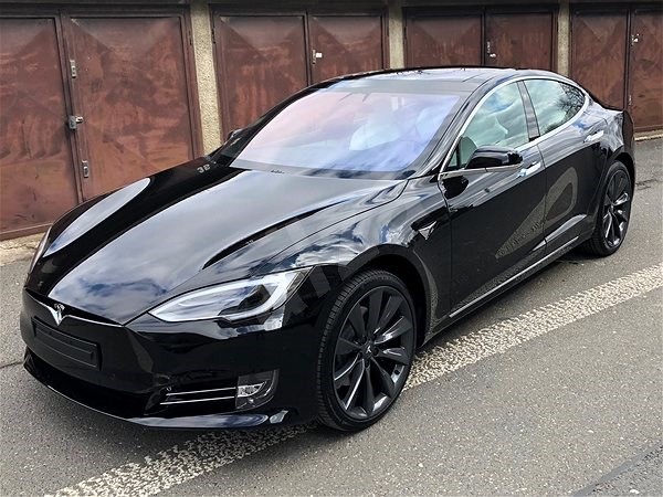 TESLA Model S 100D čierna - Elektromobil  6dfeb8b5bf8