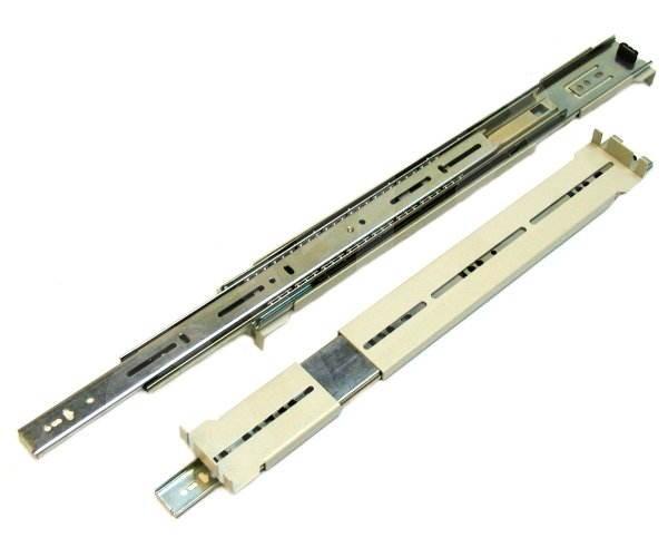 """Chenbro Rack CLM-882053 - 2 ks ližiny délky 26"""" (660mm) a 4 ks držák -"""