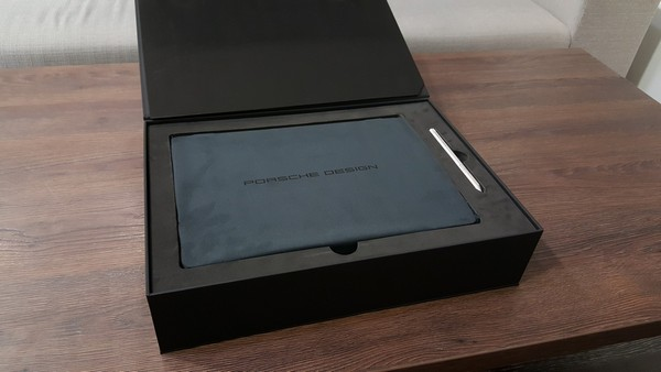 Porsche Design BOOK One ultrabook 2 v1