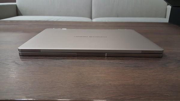 Porsche Design BOOK One ultrabook 2 v 1